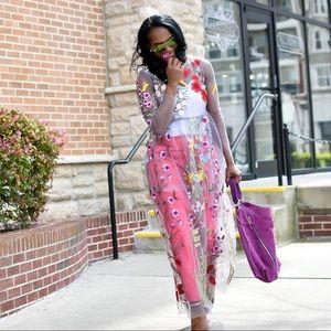 Dresses & Skirts - Sheer flower maxi dress
